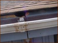 homes dislodged gutter